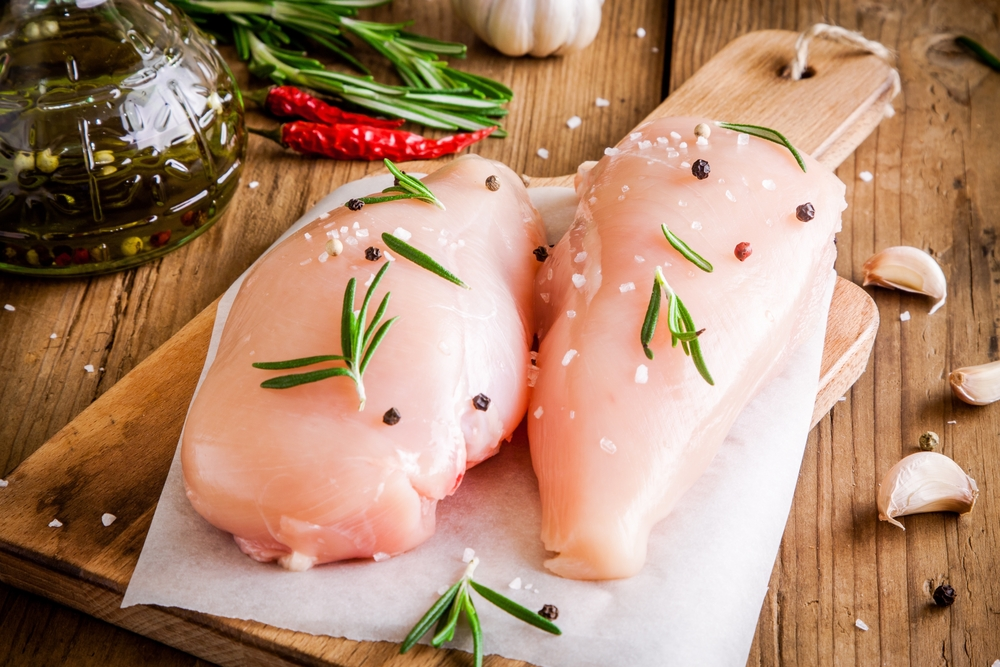 Fresh Breast Fillet Skinless per KG